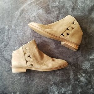 Lucky Brand Jakeela Cut Out Suede Tan Booties